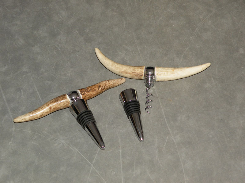 Bottle Stopper / Corkscrew Antler Combo